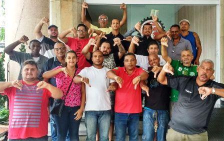 Trabalhadores da Nova Kabi
